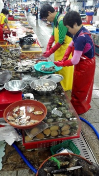 1Bus-seafood